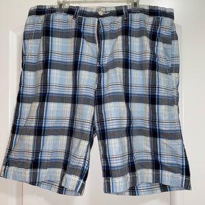 Men's blue plaid shorts